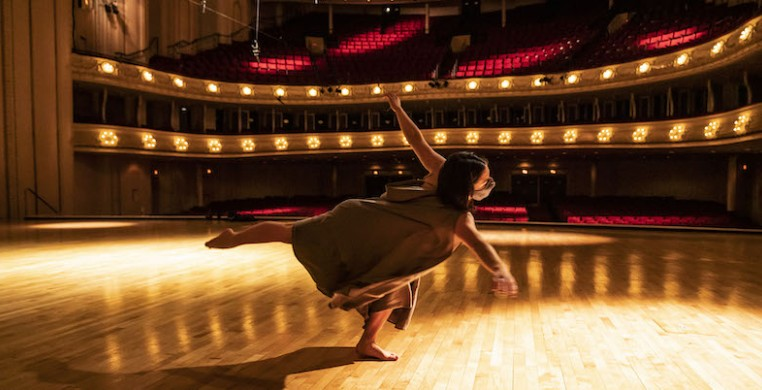"As CSO piccolo Jennifer Gunn prepared a solo performance of Amanda Harberg's ""Hall of Ghosts,"" she wanted a dancer to be part of it. Hubbard Street dancer Alyssa Allen (pictured) joins Gunn in a digital premiere on CSOtv (photo: Todd Rosenberg)"